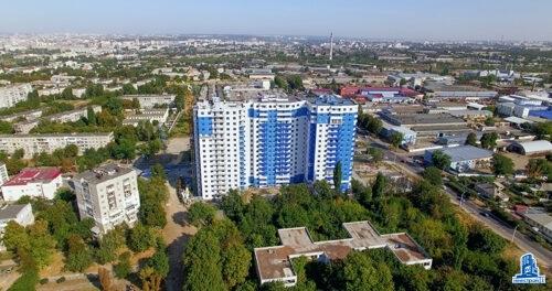 """В третьей секции ЖК """"Дом на Зерновой"""" завершаются фасадные работы"""